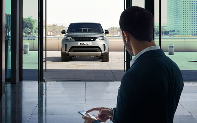 Land_Rover_Discovery_Man_App