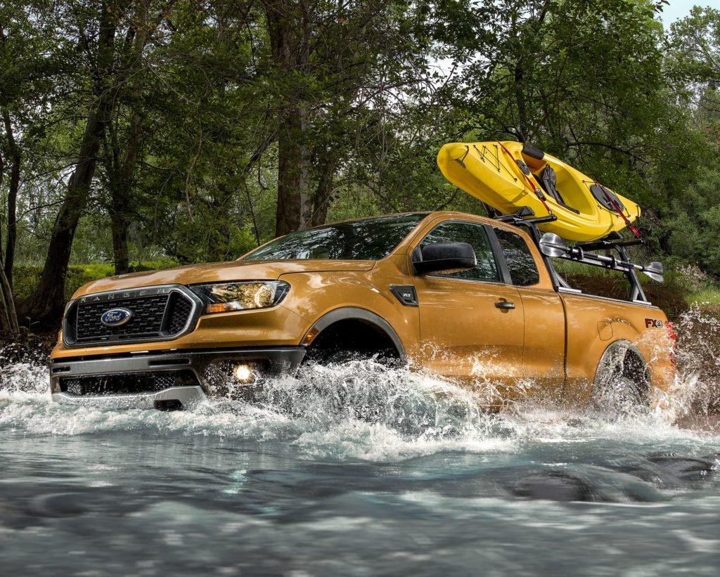 2019 ford ranger driving through water