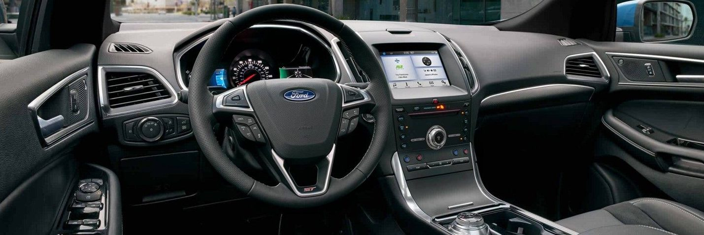 Front interior of the Ford Edge ST