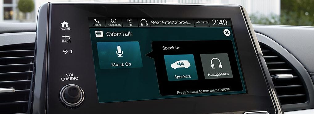Honda Odyssey CabinTalk , showing the driver interface with the talk features