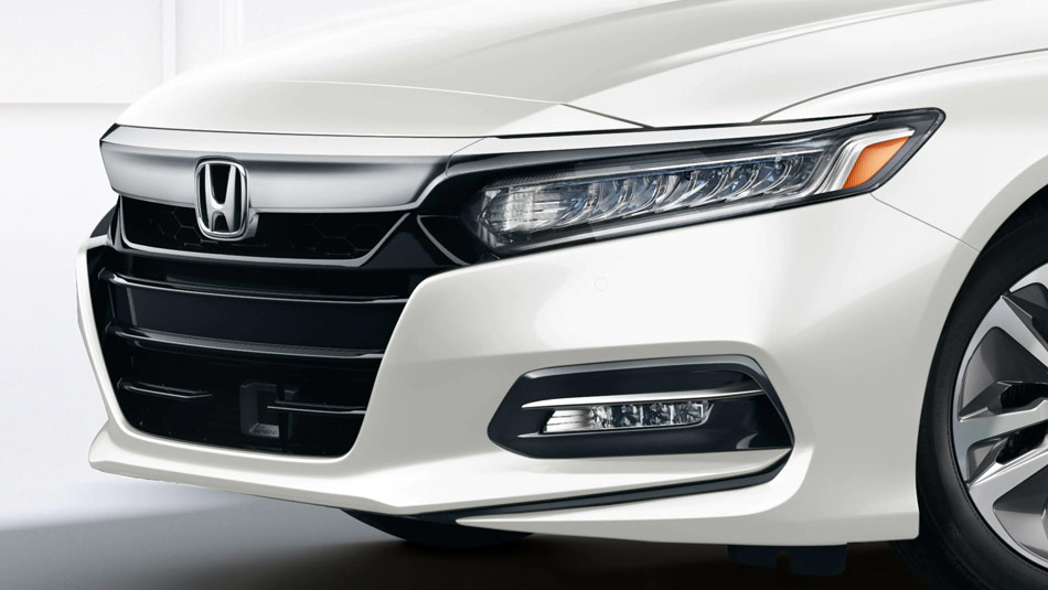 Close up 3/4 view of a 2019 Honda Accord Hybrid  headlights