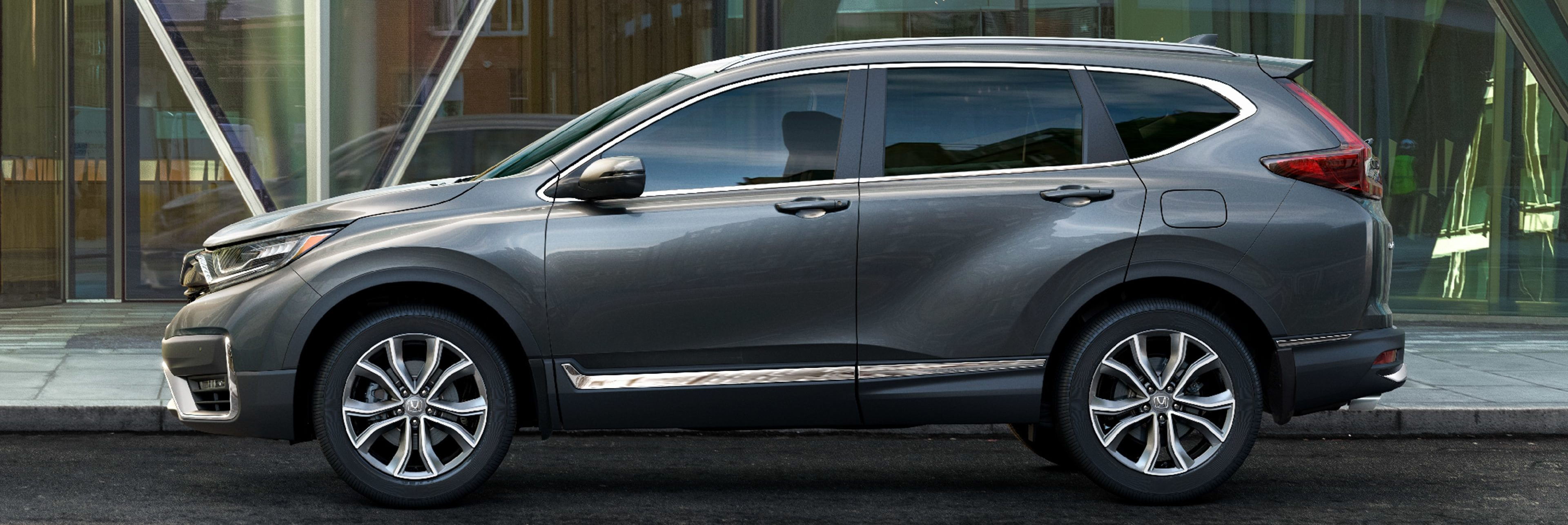 Side profile of 2020 Honda CR-V