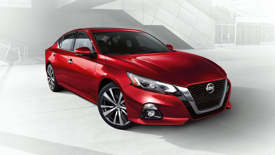 Front 3/4 view of a Red 2019 Nissan Altima