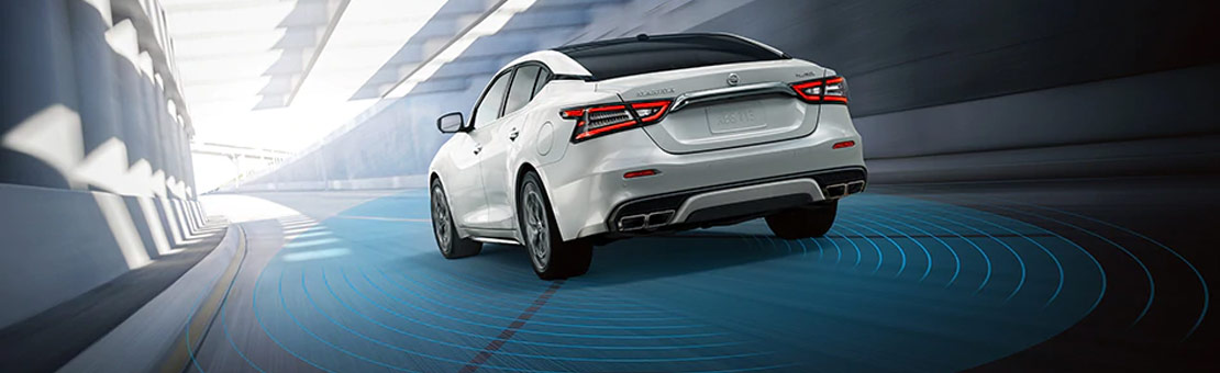 Rear view of 2020 Nissan Maxima with sensor distance diagram