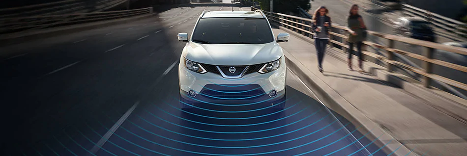 2019 pearl white Nissan Qashqai with sensor graphic out front