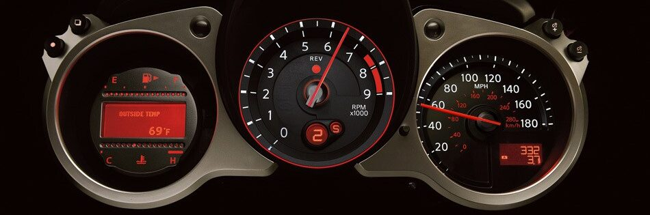2020 Nissan 370Z Roadster luminescent gauges