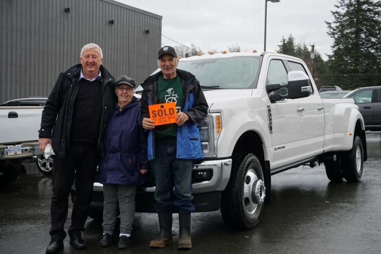 Dave Pat with Al 2018 Ford F350 King Ranch dually