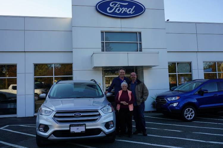 Irene Jim with Lorne 2018 Ford Escape
