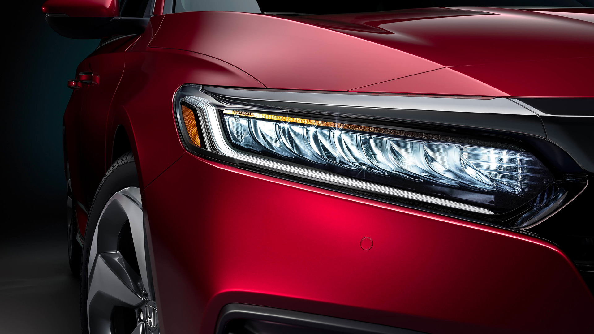 2020 Accord Red Right Headlight View