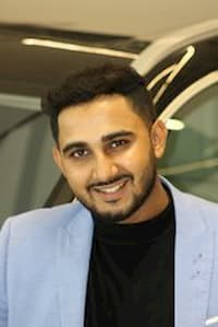 Ahmed Jeewa - Sales and Leasing Consultant
